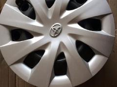 丰田 黑色 15寸铁轮