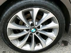 宝马轮胎轮毂