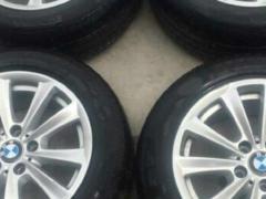 宝马五系轮毂轮胎