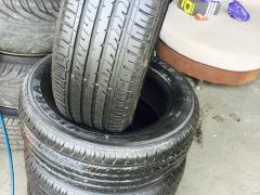 本店专业出售品牌二手轮胎型号齐全