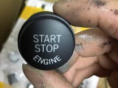 宝马5系7系一键启动,电子手刹、空调面板按