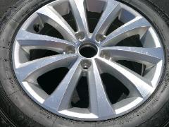 迈腾215/5R16全新原厂轮毂一只,带轮胎