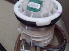 宝马迷你汽油泵 真空泵 发动机波箱 喷油嘴方向