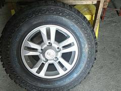兰德酷路泽全新进口原厂5个轮毂+轮毂盖+越野轮