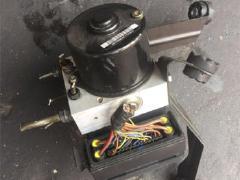 宝马E6E60ABS泵 方向机 空调面板冷气泵