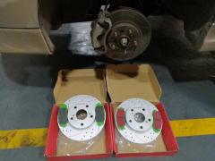 丰田卡罗拉ECFRONT原装位安装打孔划线刹车碟盘