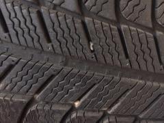 二手雪地轮胎卖场。全新轮胎特价批