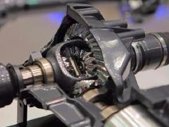 高价回收汽车旧件传动轴差速器手刹拉线三元催化