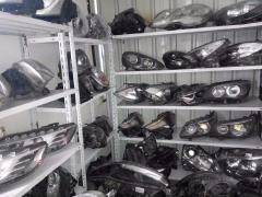 高价回收上海汽车新旧配件疝气大灯方向机减震器三元