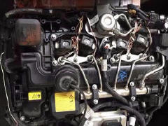 高价回收奔驰宝马捷豹宾利拆车件下线件发动机变速箱