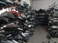 本公司长期高价回收二手汽车大灯、废旧汽车大灯-奔