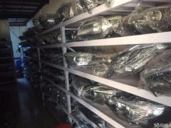 高价回收上海奔驰宝马路虎捷豹疝气大灯方向机减震器