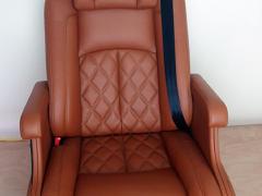 奔驰威霆唯雅诺凌特房车电动改装座椅 大众T5T6