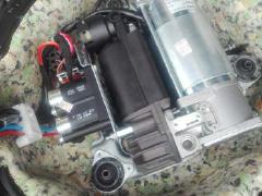 宝马E6打气泵 减震分配阀 摆臂前桥N62发动机