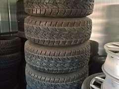 沈阳二手轮胎轮毂拆车原厂轮毂出售疑难型号批发